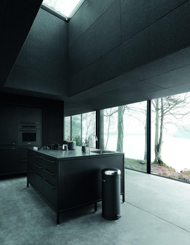 Vipp701-Shelter-Kitchen-Living02-High